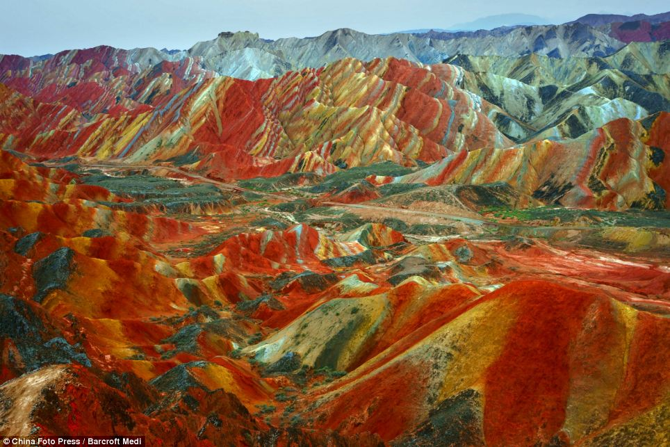 Danxia Rainbow Mountains 3