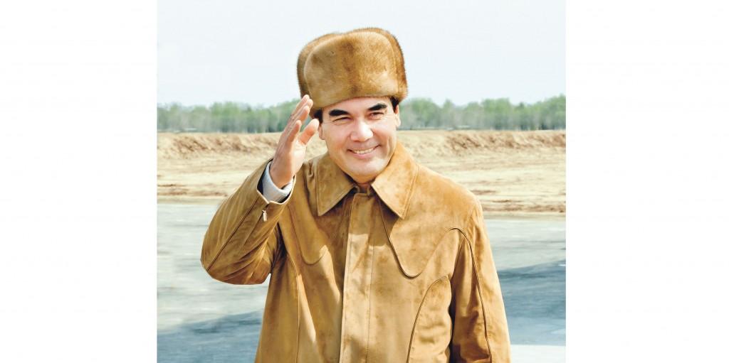 Gurbanguly Berdimuhamedow - Nice Hat