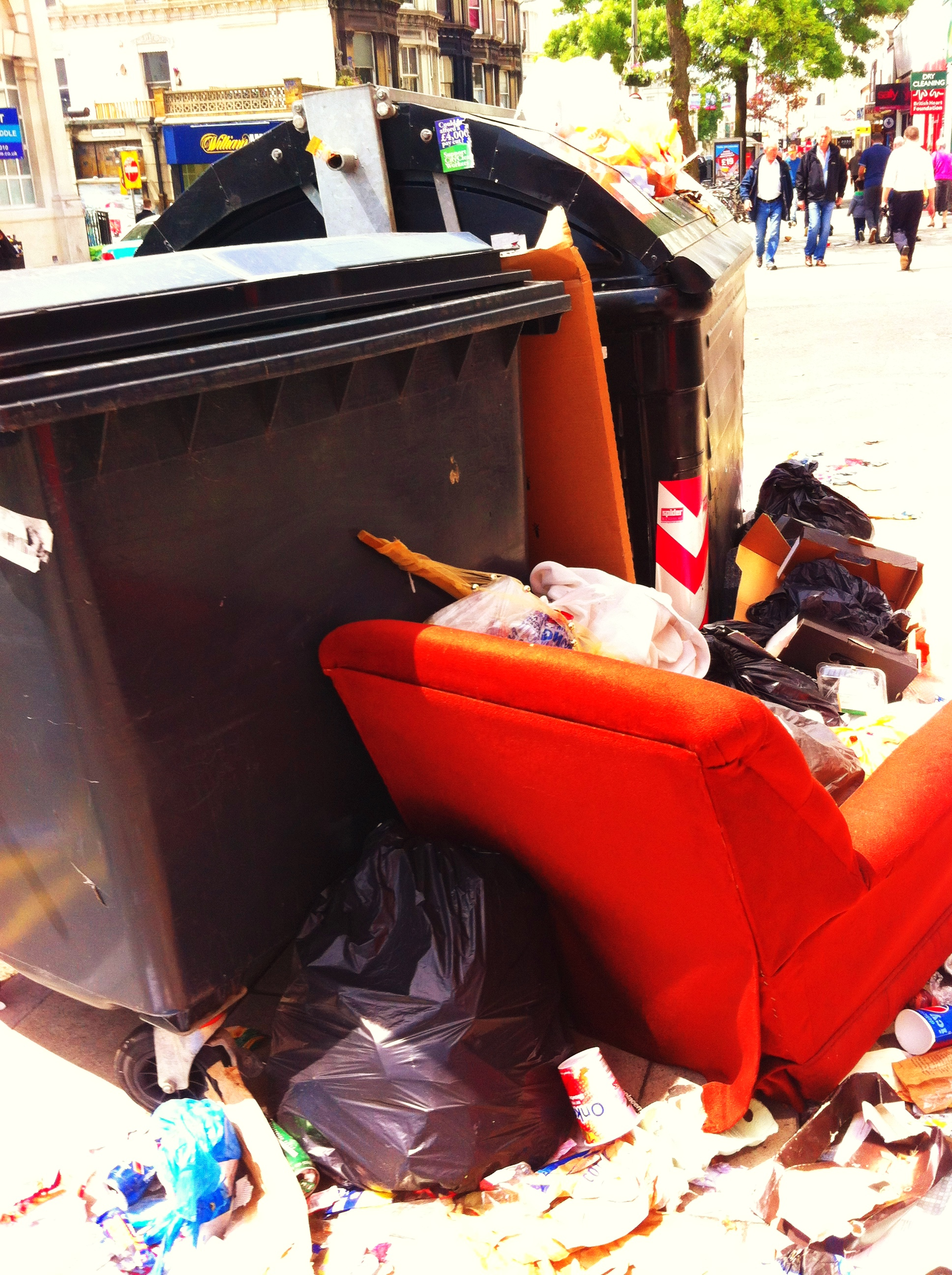 Brighton And Hove Binmen Strike 2013 - Western Road Dump