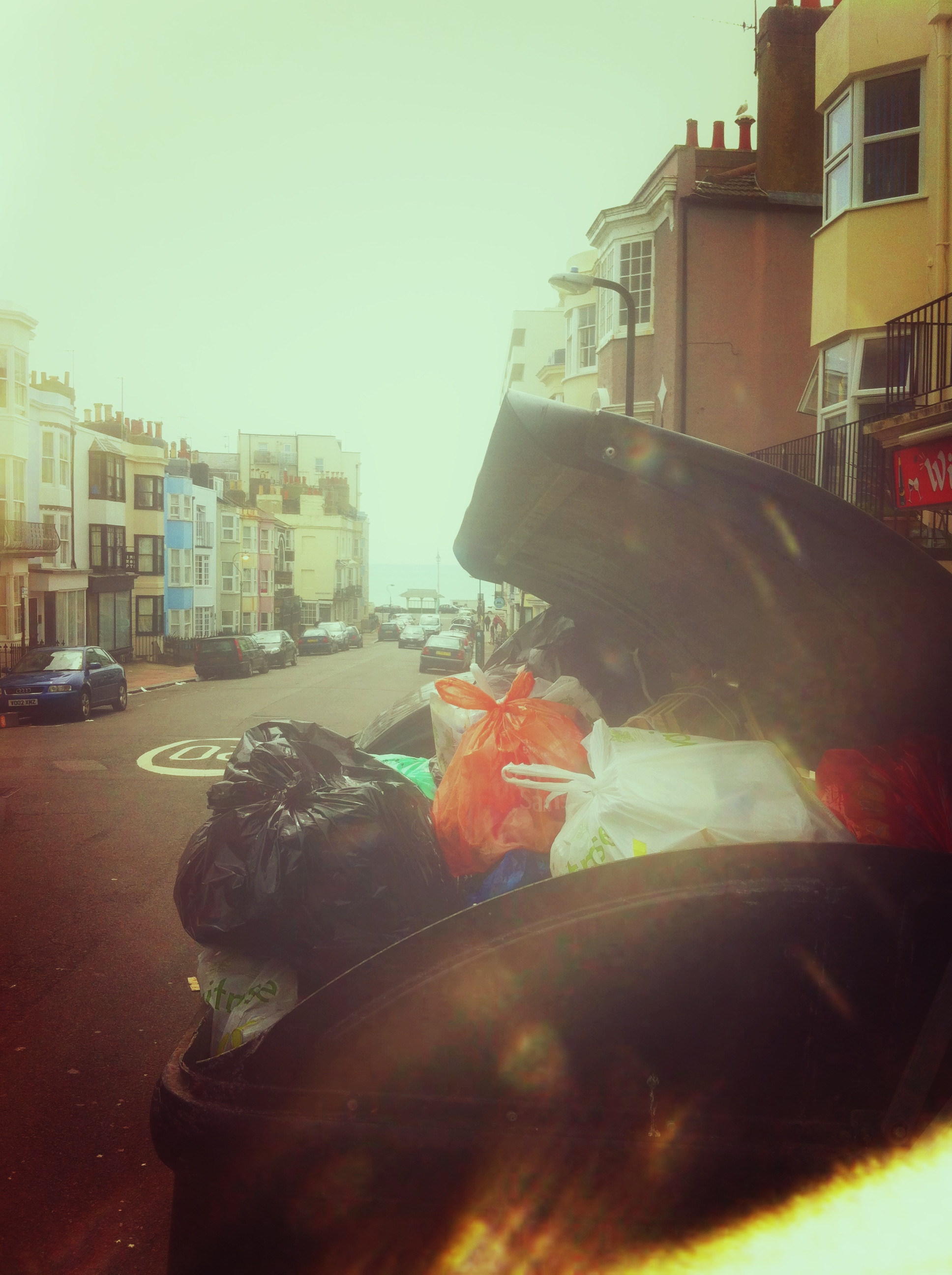 Brighton And Hove - Binmen Strike 2013 - Western Street Rubbish