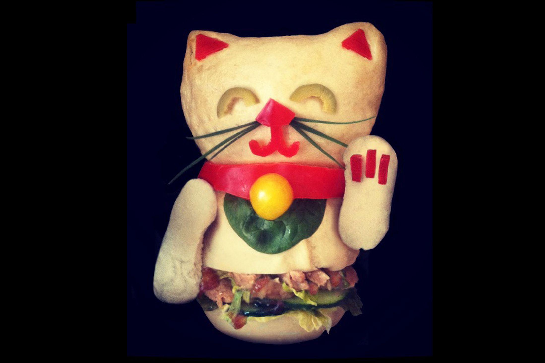 Kasia Haupt - Sanwich Art Sculpture - Good Luck Kitty