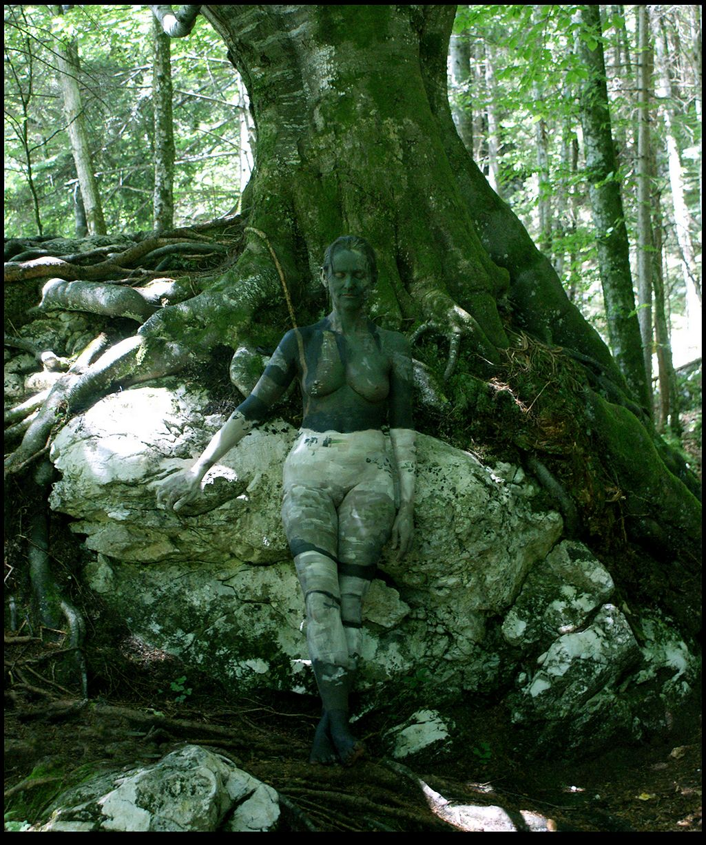 Johannes Stoetter - Body Painting Champion - Tree and Rocks