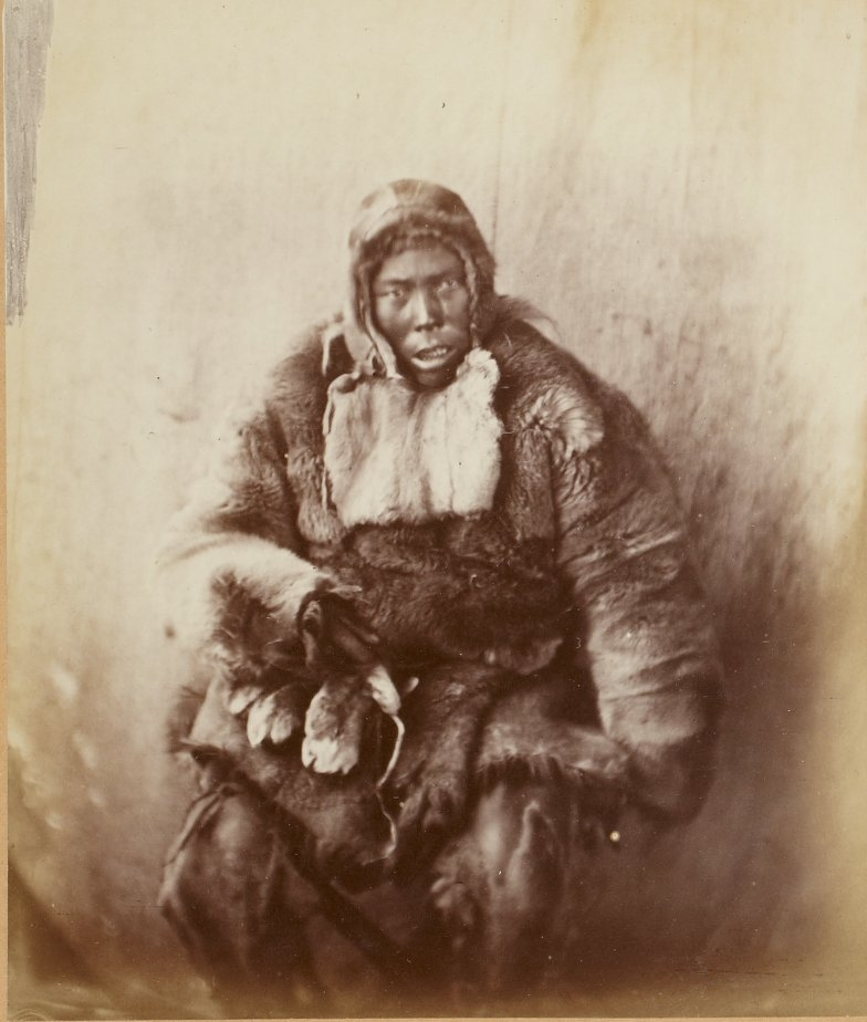 Photos of Eskimo Inuit - 1879 - Confused By Camera