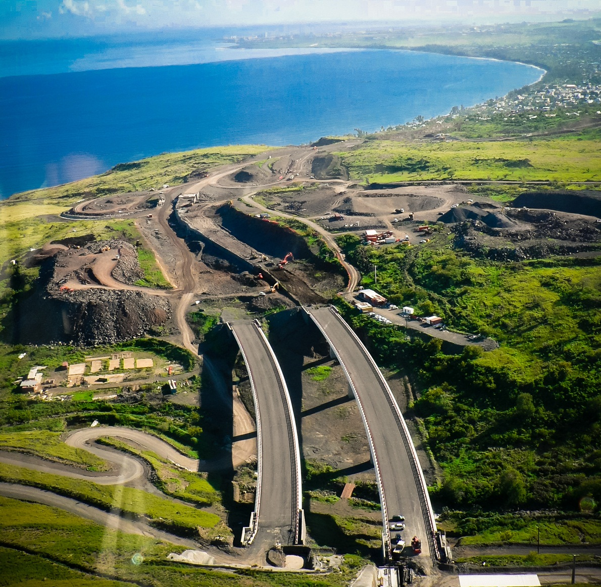 Reunion Island - French Paradise - Bridge Construction