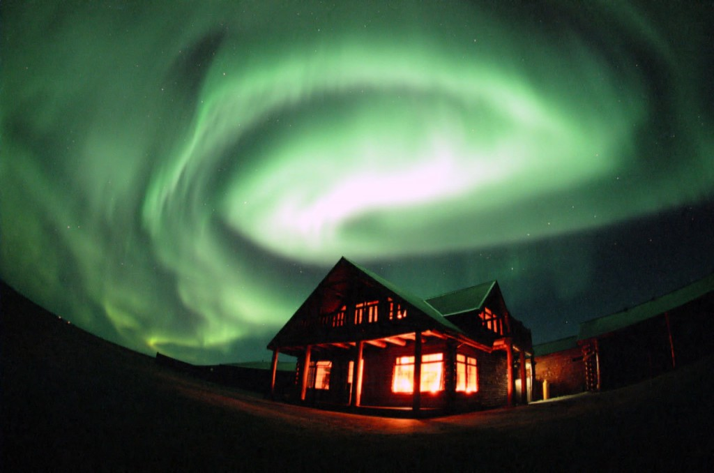 Aurora Borealis - How it works - Video