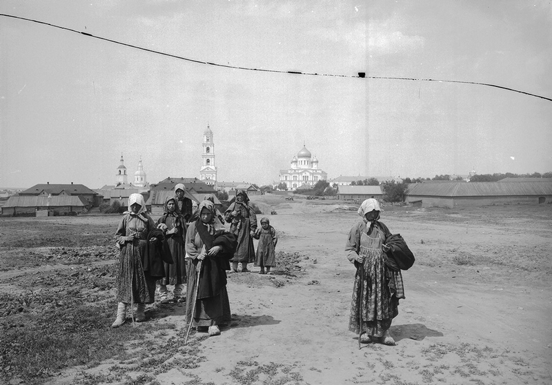 Russian Religious Pilgrimage 1900s - Backdrop