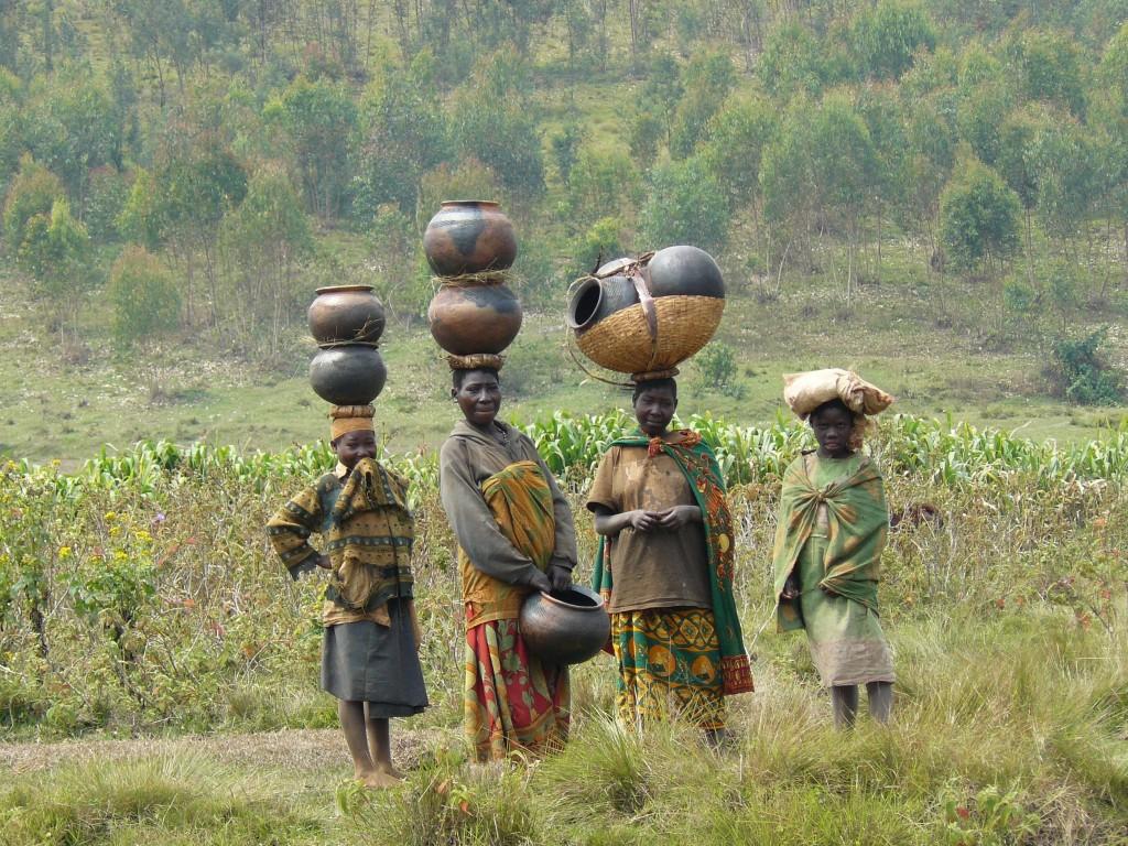 Burundi - Tutsi - Hutu - History - Batwa Women