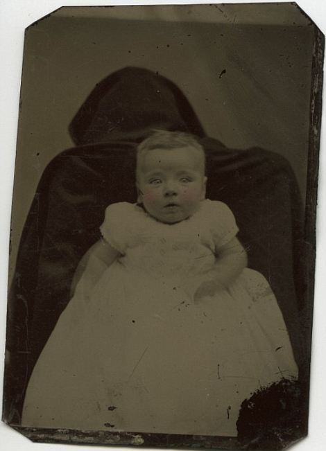 Hidden Mother Photographs - Victorian - black death